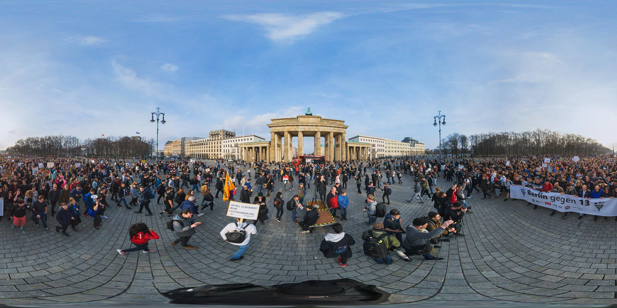 Panorama Berlin Brandenburger Tor - Artikel 13 Demo 23.3.2019