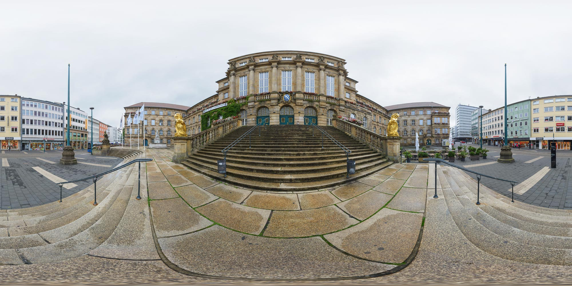 Panorama  Kassel - Rathaus - Morgens