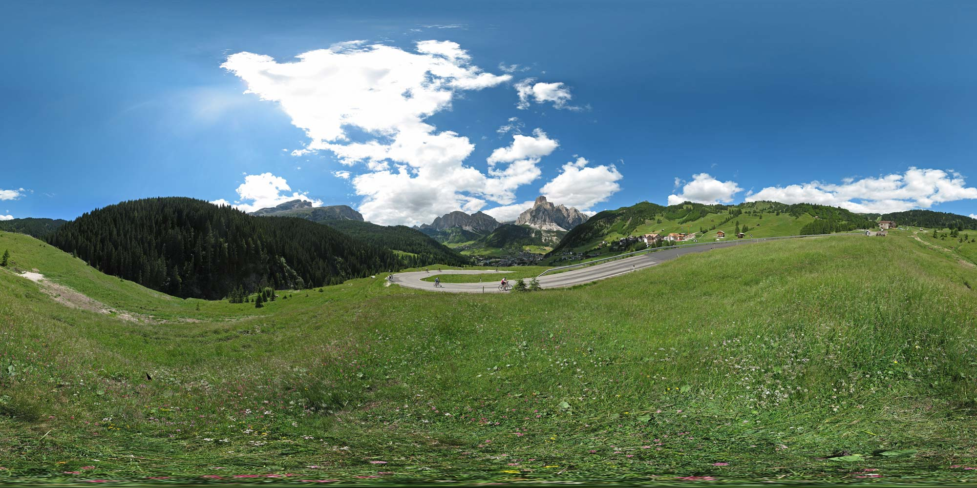 Panorama  Sella-Region - Passo di Campolongo